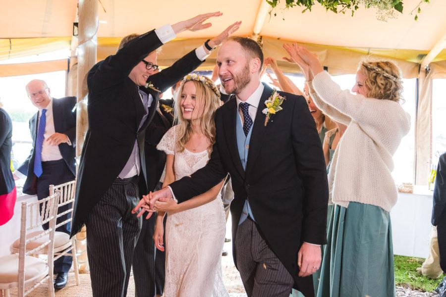 bridge house barn kibworth wedding