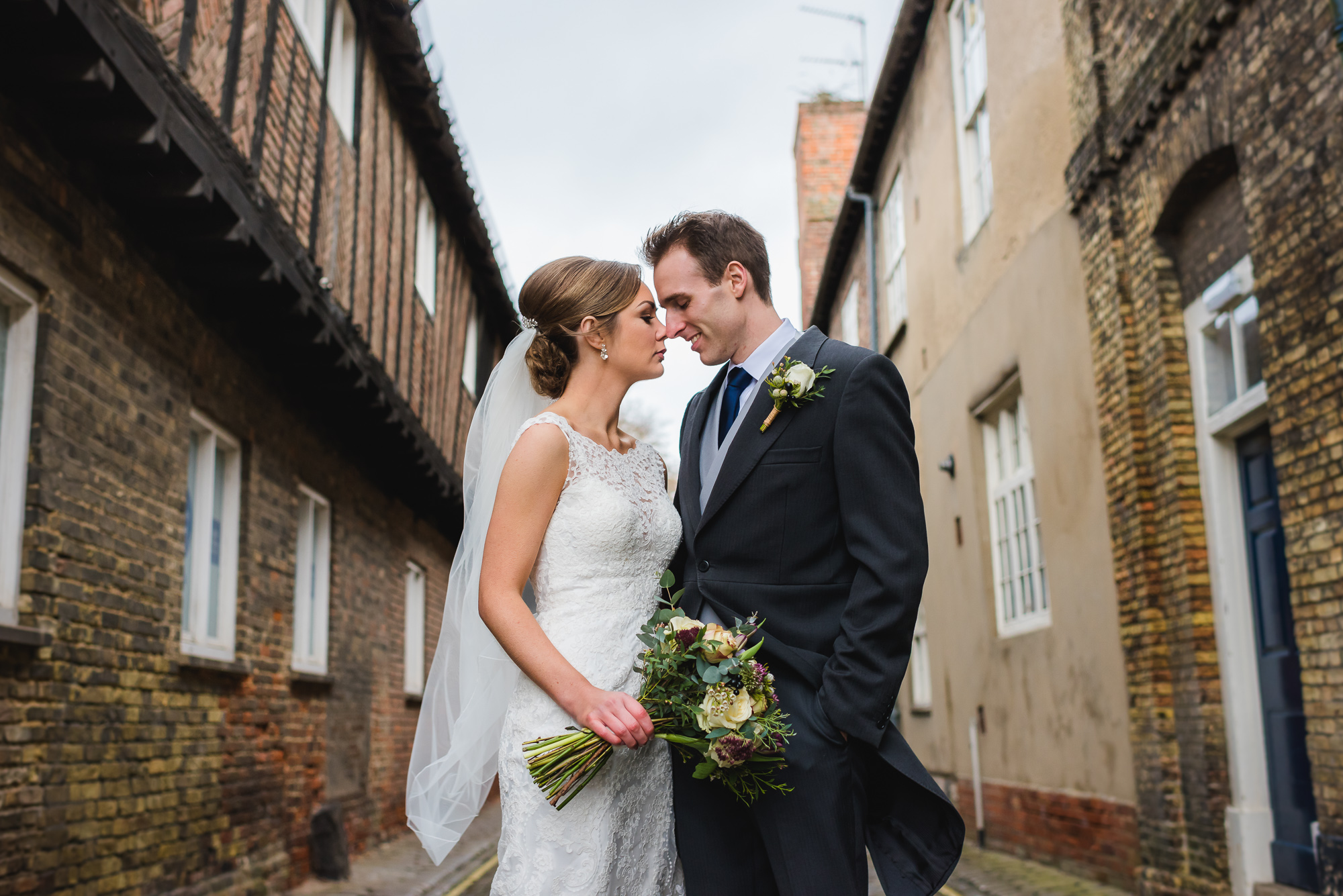 King's Lynn Town Hall wedding photography – Hannah & Ed