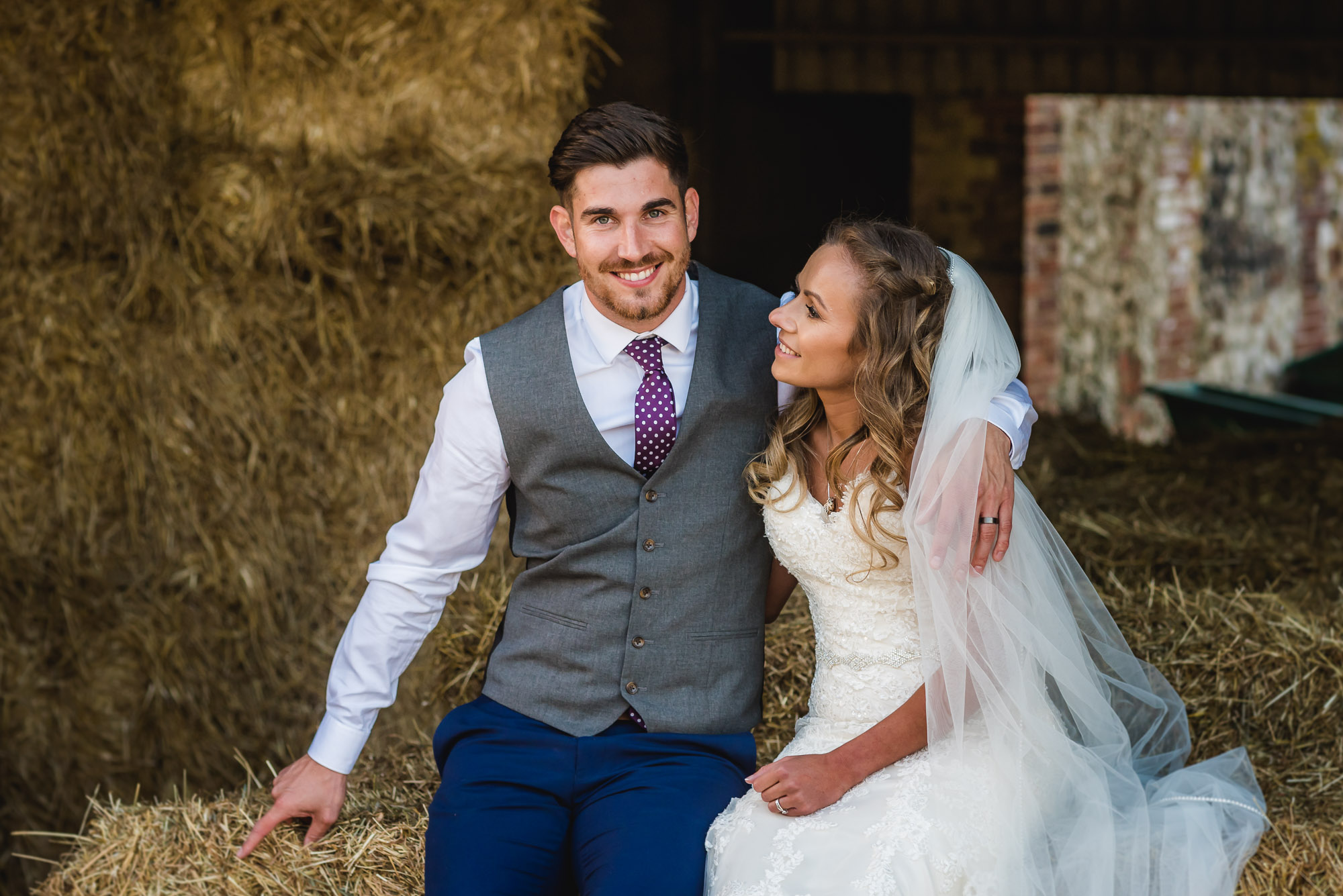 Sussex Barn Norfolk wedding photography – Kerri & Eddy